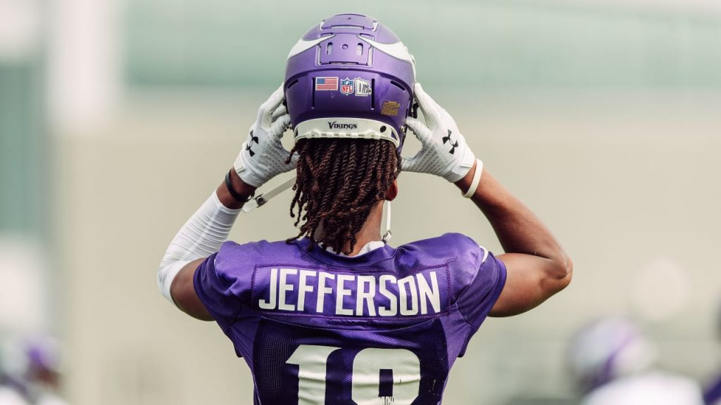 3 Observations: Jefferson Returns to Practice;...