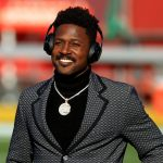antonio-brown-goes-viral-with-player-introduction