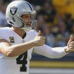 Derek Carr overcomes ankle scare to continue...